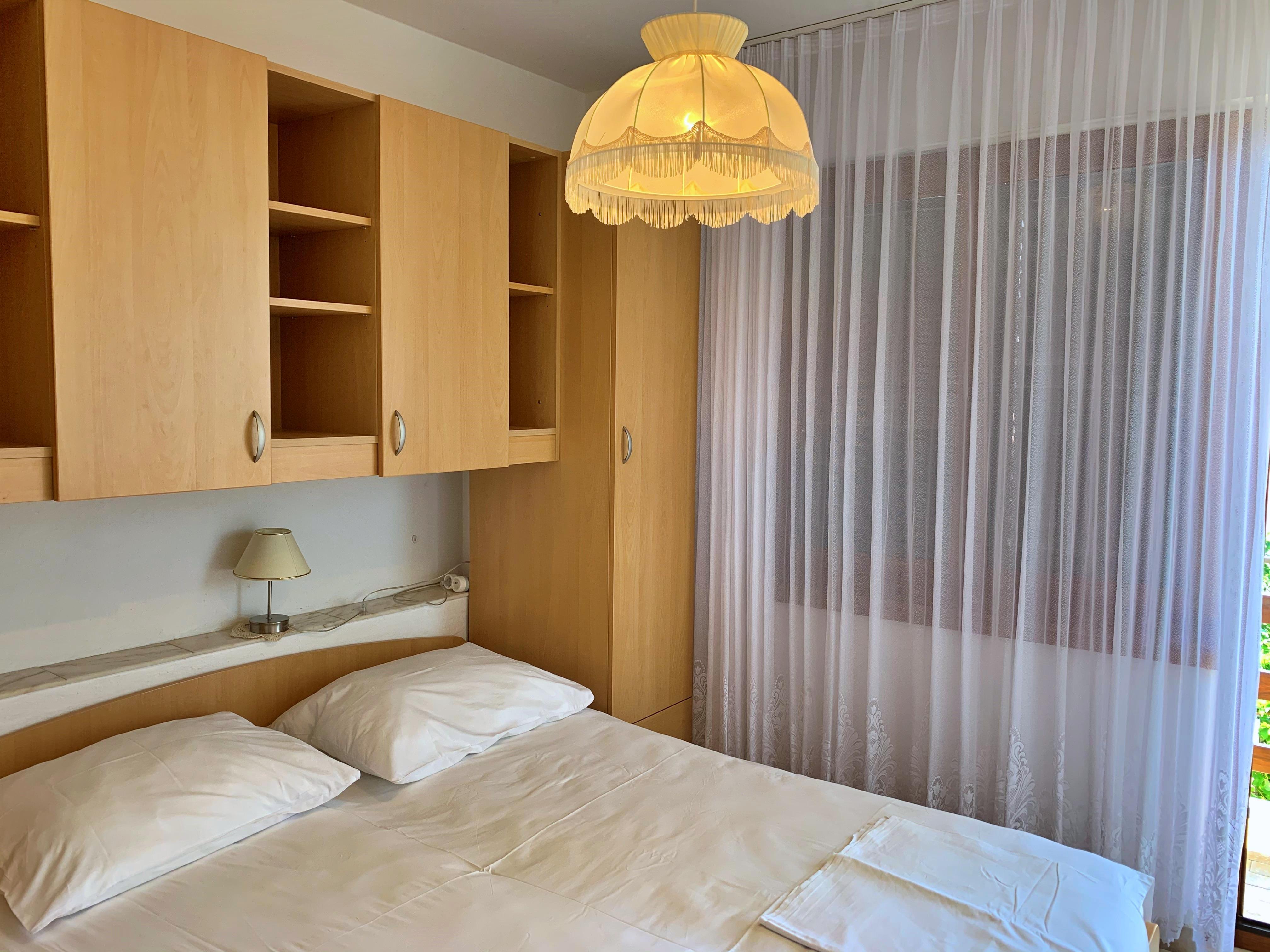 ideal f r gruppen fewo f r 9 11 mit meerblickbalkon. Black Bedroom Furniture Sets. Home Design Ideas