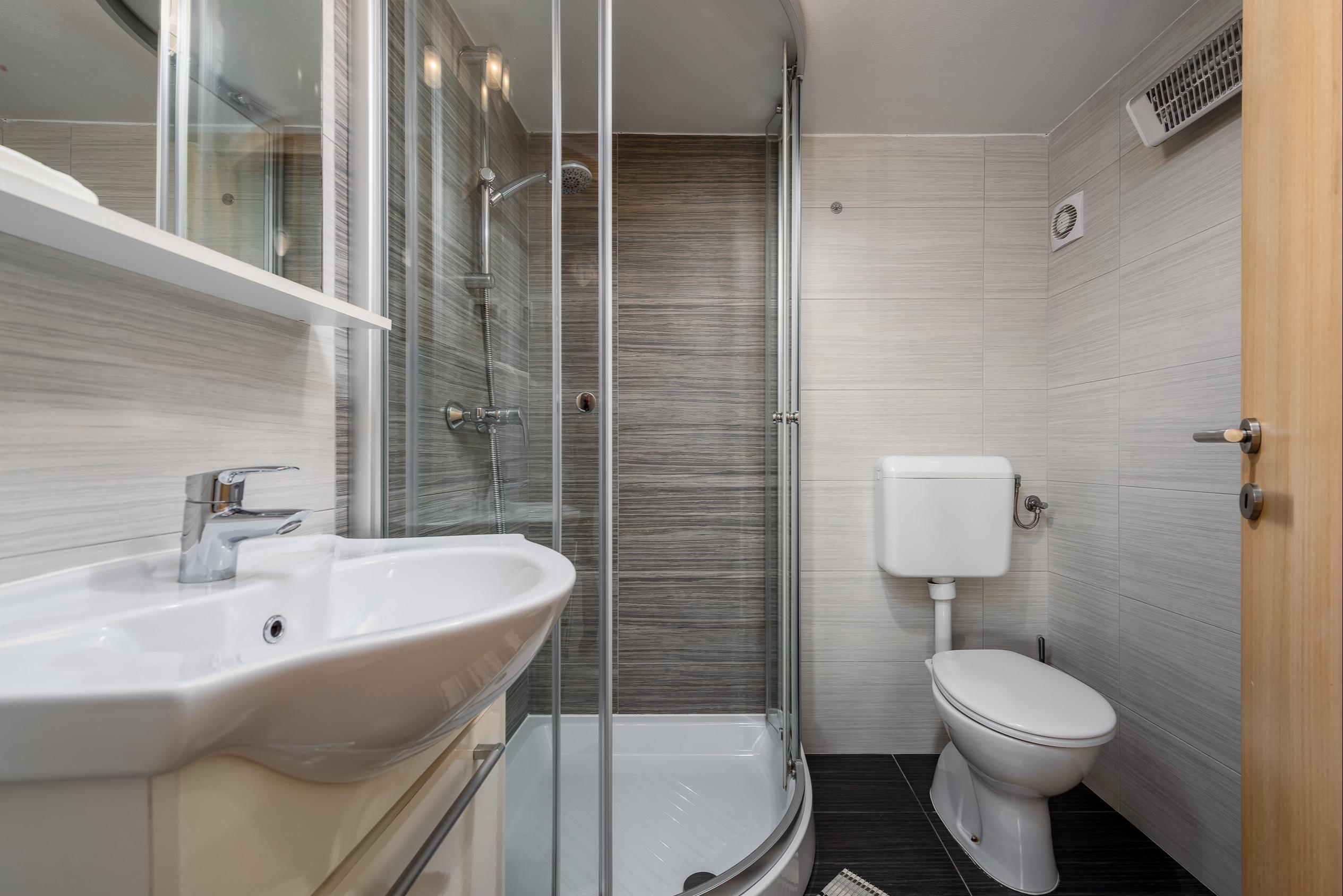 3 sterne apartment mit klima u sat tv im zentrum von umag for Wohn und esszimmer 30m2
