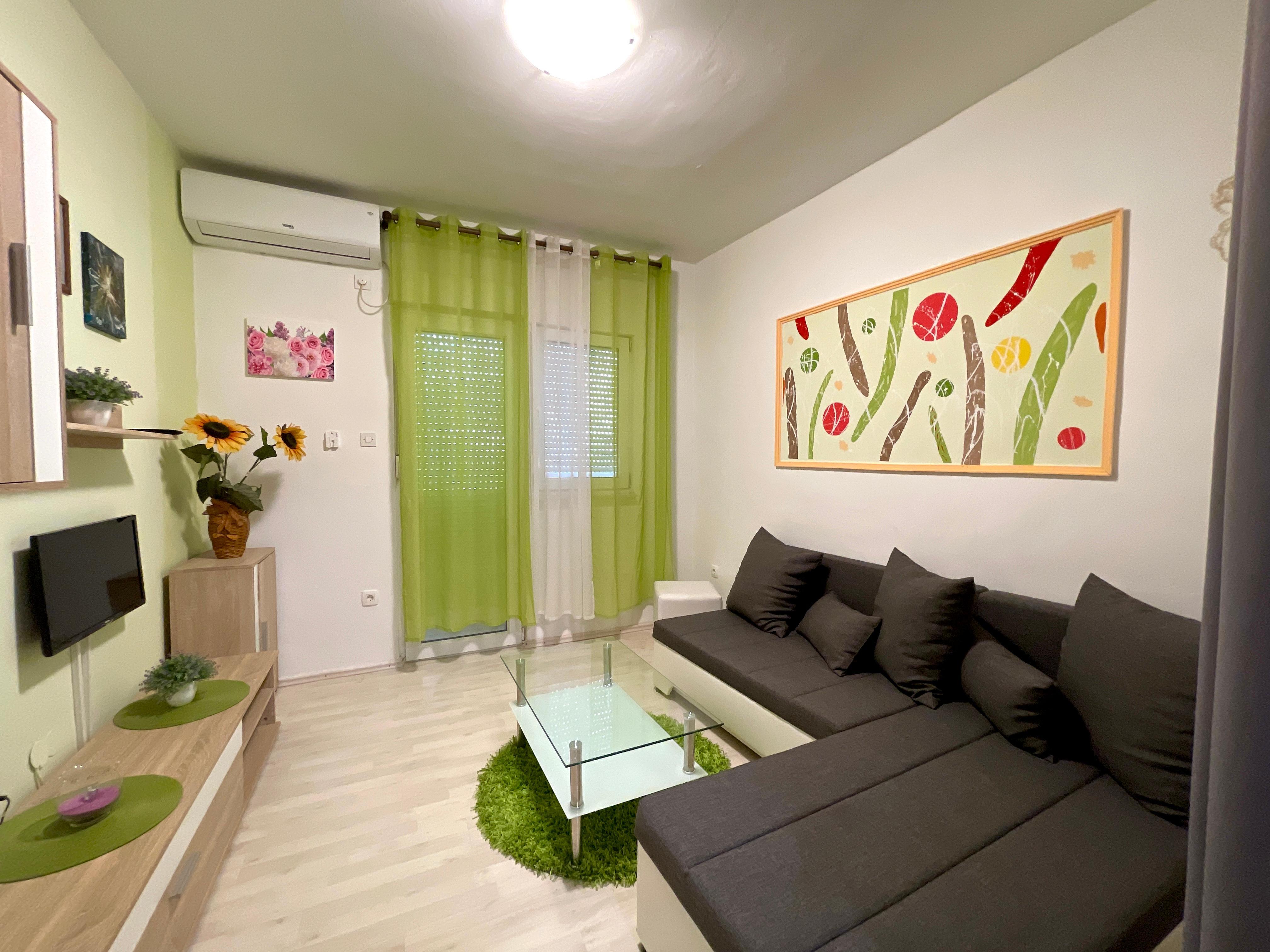 eg app f r 2 4 pers 40 m wohnfl che haustiere. Black Bedroom Furniture Sets. Home Design Ideas