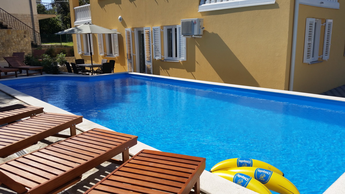 pool terrasse und internet appartement f r 4 6 urlaubsg ste objekt nr 13100. Black Bedroom Furniture Sets. Home Design Ideas