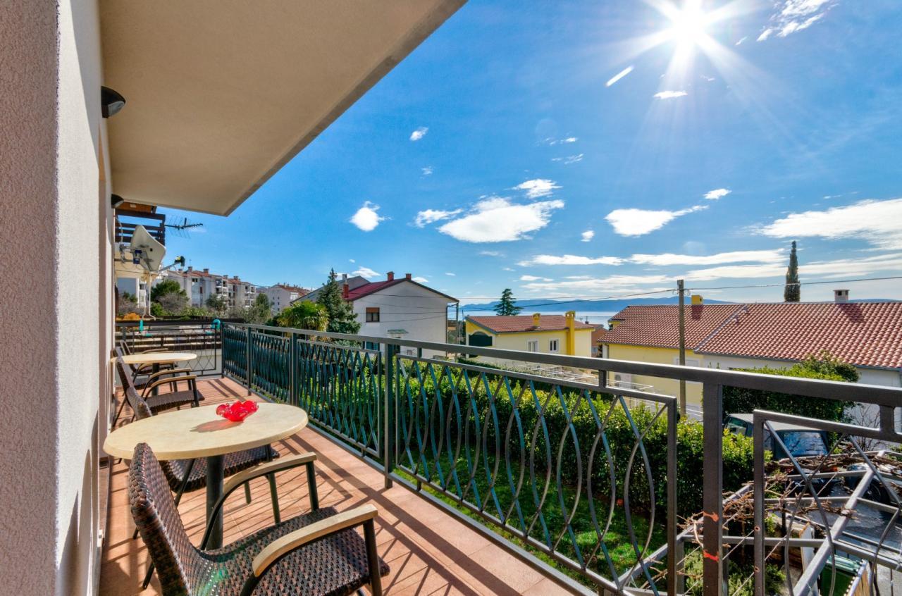 Fewo mit grossen balkon markise nur 300m zum strand fur for Markise balkon mit strand tapete