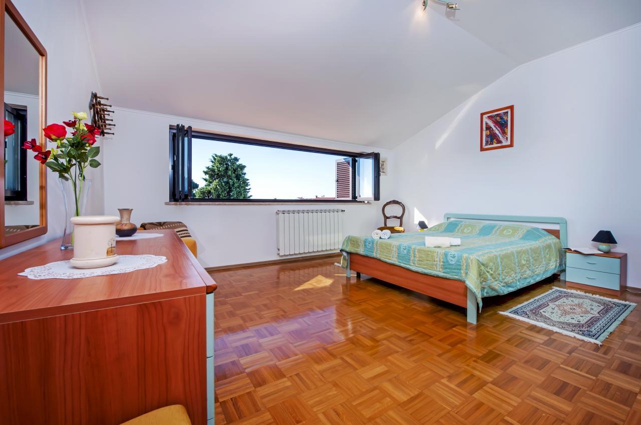 fewo f r 4 personen mit klimaanlage sat tv und wlan objekt nr 14507. Black Bedroom Furniture Sets. Home Design Ideas