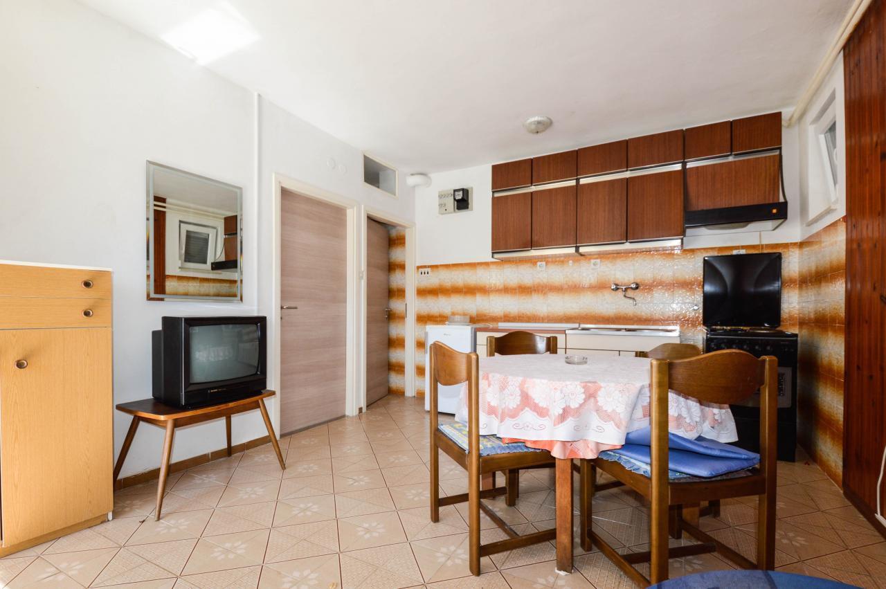 app mit klima sat tv klima f r 2 3 urlaubsg ste objekt nr 15019. Black Bedroom Furniture Sets. Home Design Ideas