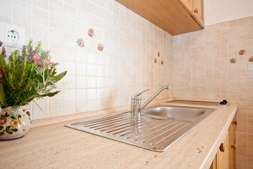 zwei schlafzimmer wohnung klimaanlage berdachte terrasse objekt nr 15952. Black Bedroom Furniture Sets. Home Design Ideas