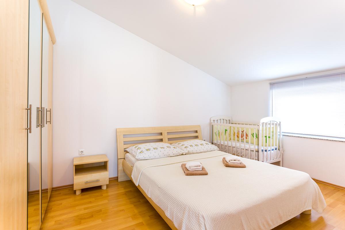 apartment f r 2 4 personen 400 m zum meer klima sat tv internet objekt nr 16886. Black Bedroom Furniture Sets. Home Design Ideas