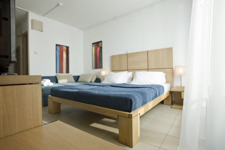 Doppelzimmer (standard) Parkseite ohne Balkon  (2-3 Personen)