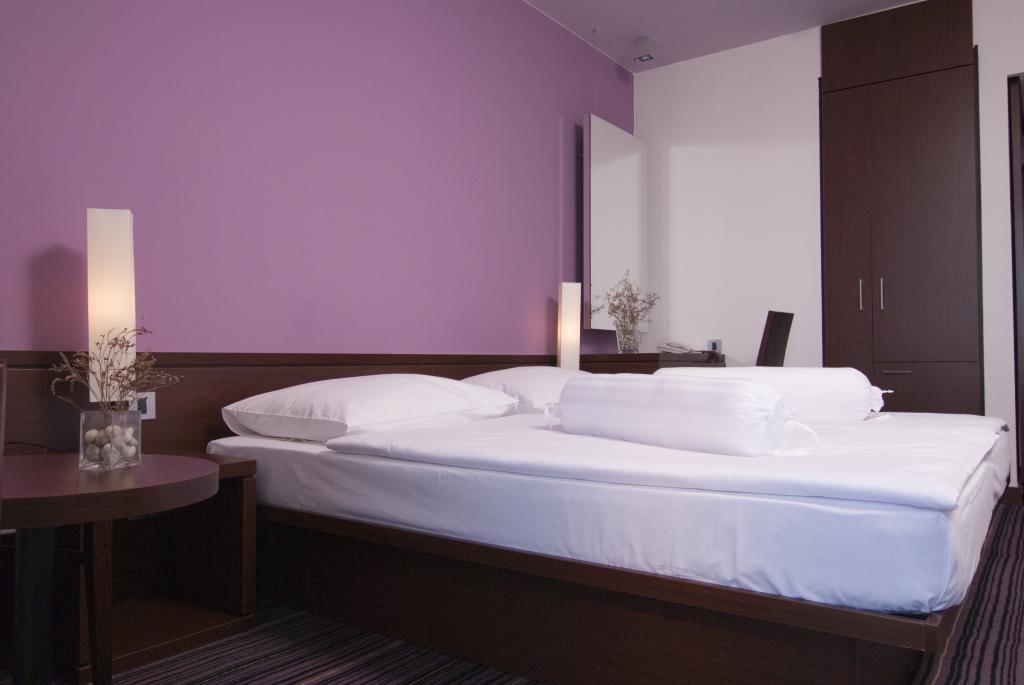 Doppelzimmer (comfort) Parkseite ohne Balkon  (2 Personen)