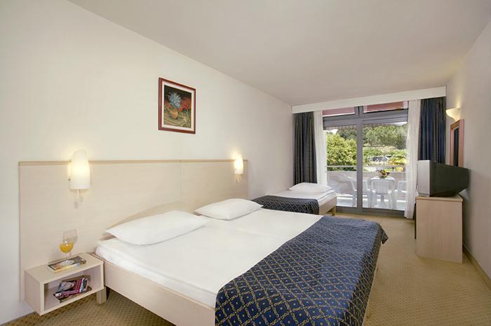 Doppelzimmer (superior) Parkseite Balkon  (2-3 Personen)