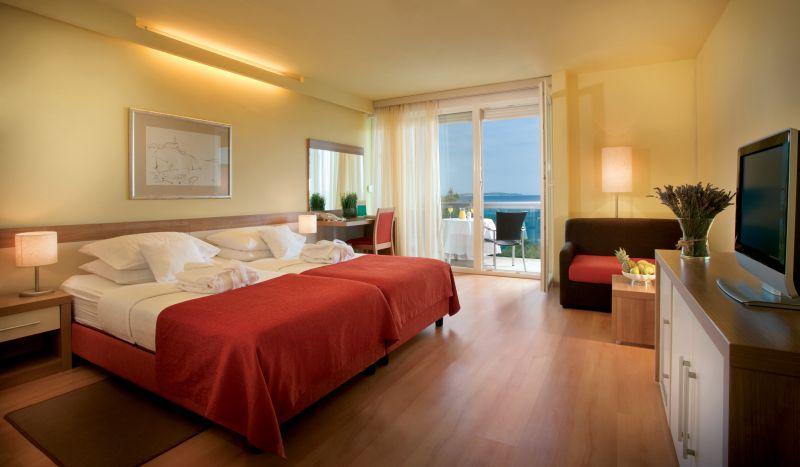 Dreibettzimmer (premium) Meerseite Balkon  (3 Personen)