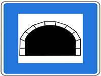 Tunnel auf dem Weg nach Kroatien