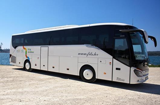Bus des Shuttlebusanbieters Fils.hr