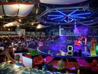 Die Show Arena im Dinopark
