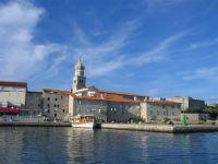 Die Stadt Krk auf der gleichnamigen Insel in der Kvarner Bucht