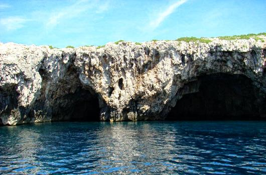 Grüne Grotte, Insel Ravnik