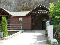Eingang - Höhle Vrelo