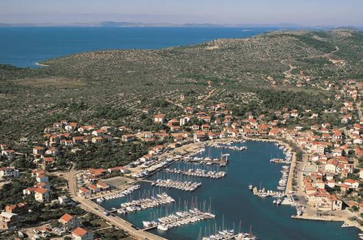 Marina Jezera - Jezera, Insel Murter, Dalmatien, Kroatien