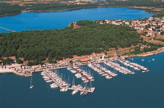 Marina Pomer in Kroatien