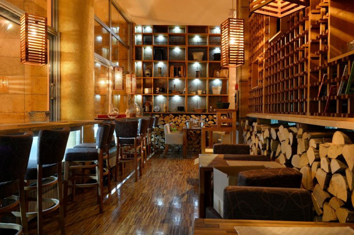 sumski kuhar bistro in zagreb ko reisef hrer. Black Bedroom Furniture Sets. Home Design Ideas