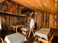 Linden Tree Retreat & Ranch - Saloon
