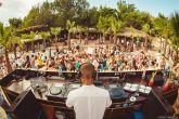 Kalypso - DJ & Poolarea (Foto: Laurence Howe)