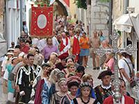 Rabska Fjera - Prozession