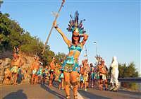 Sommerkarneval Senj - Spektakulärer Karnevalsumzug