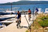 Radfahren an der Hafenpromenade
