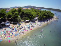 Strand Lolic in Pirovac