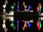 Leuchtende Giganten Spiegelung im Meer