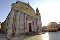 Umag - Pfarrkirche Maria Himmelfahrt & Turm St. Pellegrinus