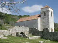 Die Kirche der heiligen Luzia in Jurandvor