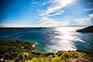 Blick auf Küste und Meer
