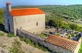 Kapela Sv. Stjepana na groblju - Lubenice
