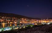 Marina - Jachthafen bei Nacht