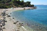 Der Kava Strand in Okrug Donji an der Westseite der Insel Ciovo