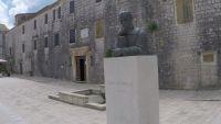 Denkmal Petar Hektorovic - Stari Grad