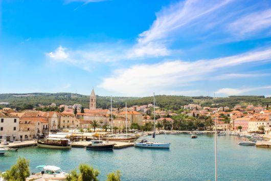 Supetar - Insel Brac, Dalmatien, Kroatien
