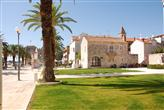 Am Kloster des Hl. Dominik Trogir