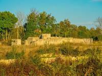 Ruine der Kirche des hl. Mihovil in Novigrad (Dalmatien)