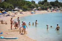 Strand Camp Simuni