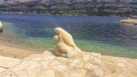 Staute am Strand von Medvinjak