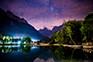 Jasna Jezero bei Nacht