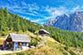 Vrsic Pass - Kiosk & Berghütte