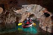 Mezica, Kajak Höhle
