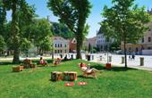 Ljubljana - Bibliothek unter Baumkronen