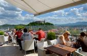 Ljubljana - Aussicht Cafe Neboticnik Hochhaus