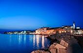 Piran - Nachtaufnahme Küste & Altstadt