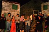 Theateraufführung in Zaton